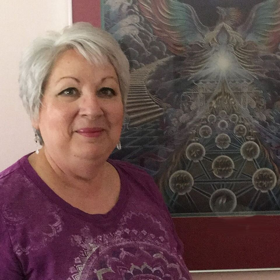 Psychic Readings Offered ONLINE: Personal Video Readings with Sue